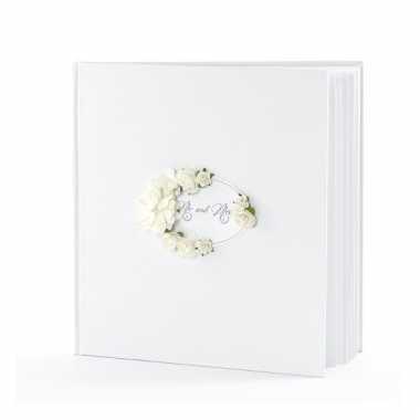 Bruiloft gastenboek met roosjes